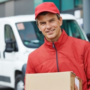 Logistic Delivery Person